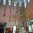 七夕 玄関ホールの笹飾り